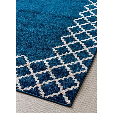 Charlton Home Summerfield Transitional Blue/White Area Rug; 5' x 7'