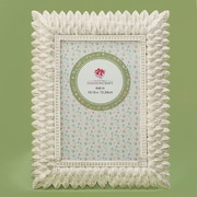 Bay Isle Home Sneads Brushed Leaf Picture Frame; 4'' x 6''