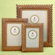 Bay Isle Home Thatcher 3 Piece Brushed Leaf Picture Frame Set; Gold