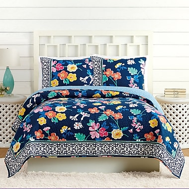 Vera Bradley Maybe Floral Quilt; Twin