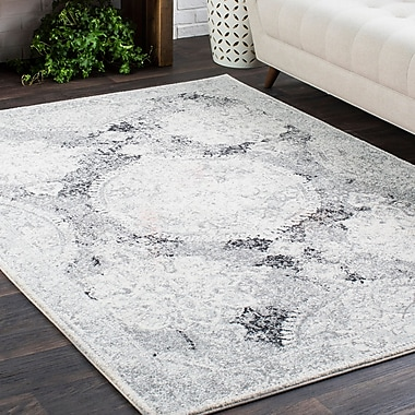 Bungalow Rose Downs Distressed Vintage Medallion Gray/White Area Rug; 3'11'' x 5'7''