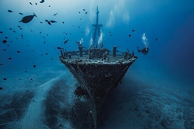 East Urban Home 'Hai Siang Wreck' Rectangle Photographic Print on Wrapped Canvas