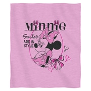 Northwest Co. Minnie Mouse - Smiles In Style Polyester Throw