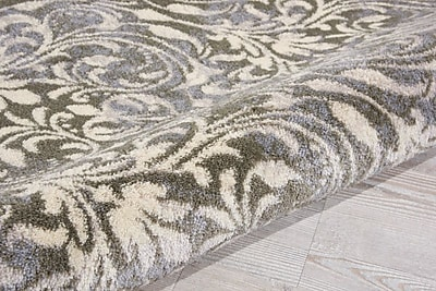 Charlton Home Coulston Gray Indoor Area Rug; Rectangle 3'2'' x 4'7''