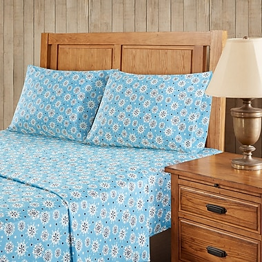 The Holiday Aisle Snowflakes Sheet Set; Queen
