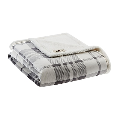 Woolrich Plush to Berber Throw; Gray/Charcoal