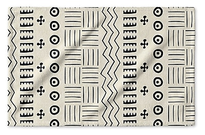 Union Rustic Dalton Geometric Cloth Hand Towel; Ivory