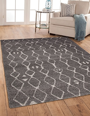 Foundry Select Adamsburg Gray/Ivory Indoor/Outdoor Area Rug; Rectangle 5' x 8'