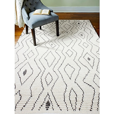 Bungalow Rose Gisselle Hand-Knotted Wool Ivory Area Rug; Rectangle 7'6'' x 9'6''