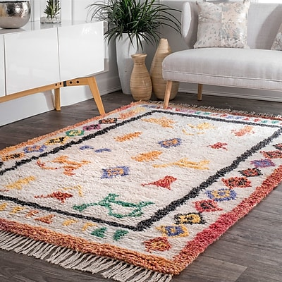Bungalow Rose Danbrook Hand Tufted Ivory Area Rug; Rectangle 5' x 8'