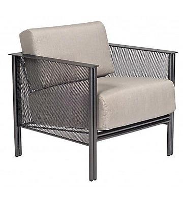 Woodard Jax Stationary Patio Chair w/ Cushions; Brisa Distressed Dove Gray