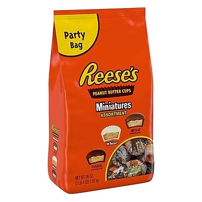 REESE'S Miniatures Peanut Butter Cups Assortment, 36 oz 2596666