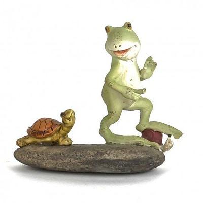August Grove Kadoka Polyresin Frog w/ Little Turtle Figurine
