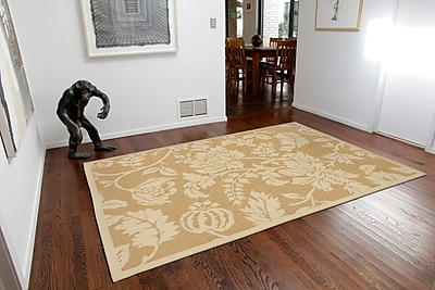 Charlton Home Brasstown Floral Almond/Camel Indoor/Outdoor Area Rug; Rectangle 4'10'' x 7'6''