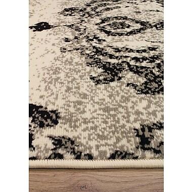 Darby Home Co Ferrante Black/Cream Area Rug; 6'7'' x 9'6''