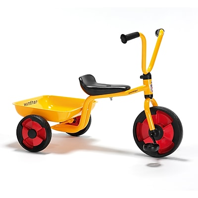 Tricycle w/fixed tray