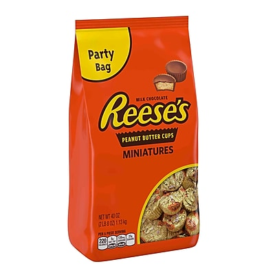 Reese's Peanut Butter Cup Miniatures Party Bag, 40 oz. Bag 2411696