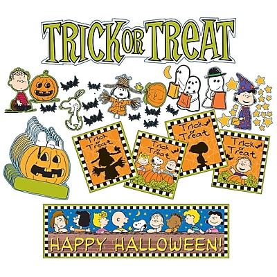 Peanuts Halloween Mini Bulletin Board Set