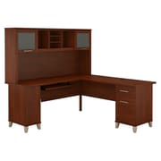 Bush Furniture – Bureau en L Somerset de 71 po de large avec étagère, cerisier Hansen