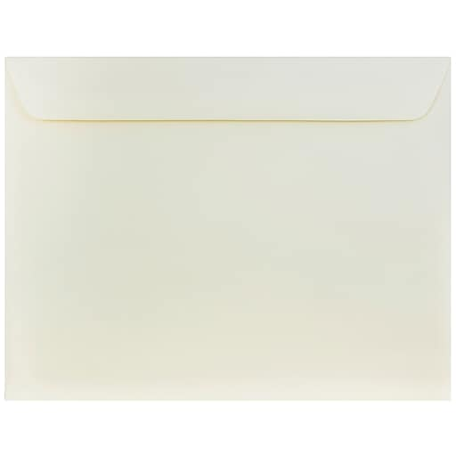 JAM Paper® 10 x 13 Booklet Strathmore Envelopes, Natural White Wove, Bulk 500/Box (900797158D)