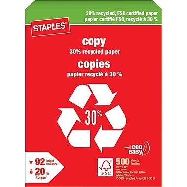 Staples® – Papier à copies certifié FSC recyclé à 30 %, 20 lb, 8 1/2 po x