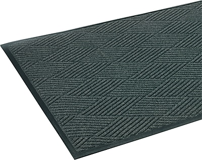 Crown Super-Soaker™ Polypropylene Diamond Wiper/Scraper Mat, 69