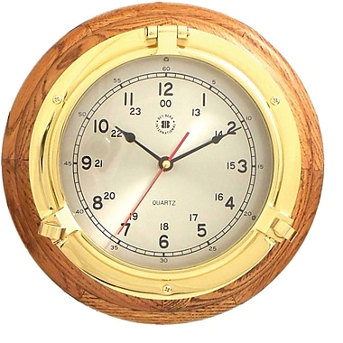 Bey-Berk Porthole Clock on Oak (SQ508)