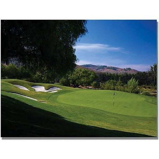 """Trademark Global """"Approaching the Green Golf"""" Canvas Art, 18"""" x 24"""""""