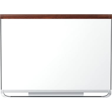 Quartet® – Tableau aimanté en porcelaine à effacement sec Prestige 2®, cadre en acajou, 48 po x 36 po