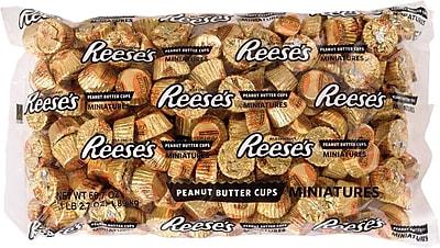Reese's Peanut Butter Cups Miniatures Bag, 4.1 lb. 1508133