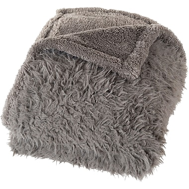 Lavish Home 61-00009-DG Solid Plush Throw, Gray