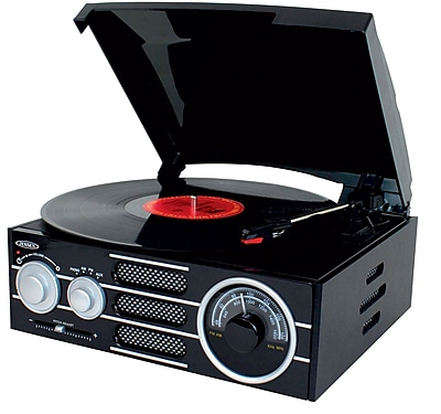 3 Speed Stereo Turntable with Radio and Pitch Control