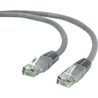 Staples® 7' CAT5e Ethernet Networking Cable, Grey