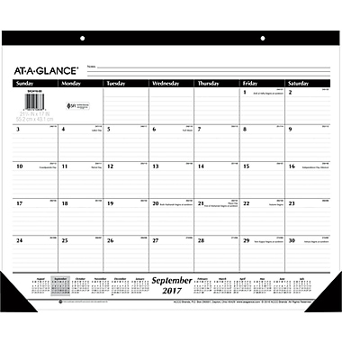 2017-2018 AT-A-GLANCE® 22