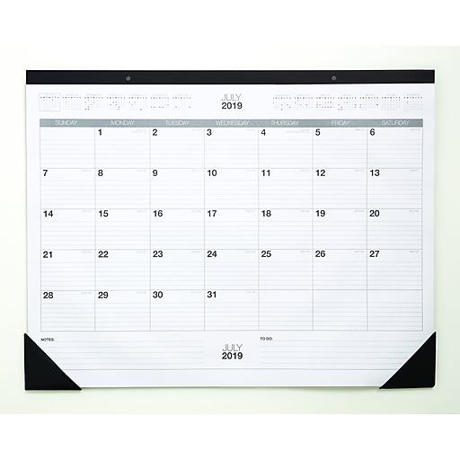 Staples Desk Calendar 2020 2019 2020 Staples 17