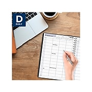 """2022 AT-A-GLANCE 8"""" x 11""""Daily  Appointment Book,  DayMinder, Black (G560-00-22)"""