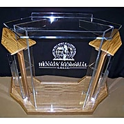 """Amplivox 47""""H Deluxe Clear Acrylic and Golden Oak Lectern with 54""""W x 24""""D Base and Reading Surface (SN355506)"""