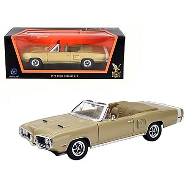 Road Signature 1970 Dodge Coronet R-T 1 by 18 Diecast Model Car - Gold (DTDP3905)