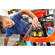 Mattel Hot Wheels Ultimate Gator Car Wash Playset with 1 Car, Multicolor, 5-8 years old (FTB67)