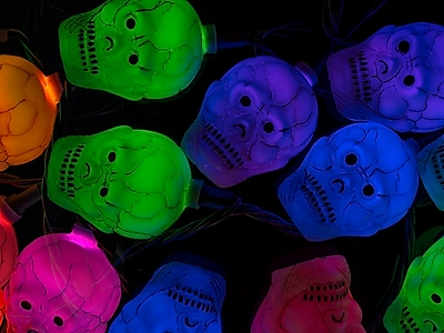 Monoprice 10 Count Color Changing Skull Halloween String Lights 11.5 ft (124581)
