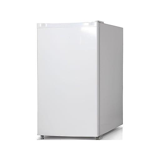 Keystone 4.4 Cu. Ft. Refrigerator w/Freezer, White (KSTRC44CW)