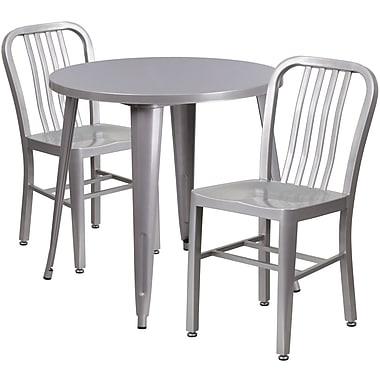 Table ronde de 30 po en métal argenté avec 2 chaises à dossier à lattes verticales, int/ext [CH-51090TH-2-18VRT-SIL-GG]