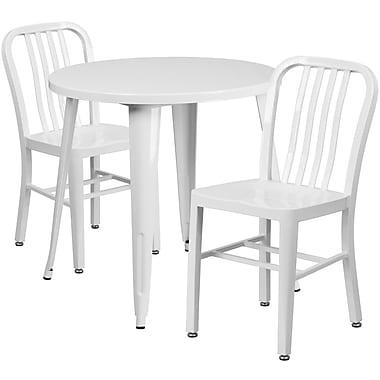 Table ronde de 30 po en métal avec 2 chaises à dossier à lattes verticales, int./ext., blanc (CH-51090TH-2-18VRT-WH-GG)