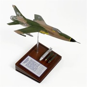 Mastercraft Collection F-105D Thunderchief Model( MTFM473)