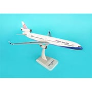 Hogan Wings 1-200 Commercial Models China Airlines Md-11 with Landing Gear (DARON8258)