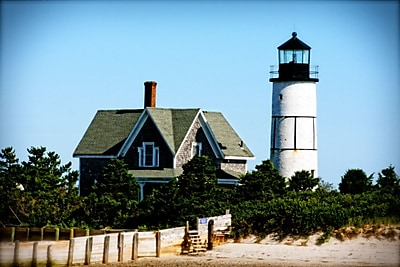 Diamond Decor Wall Art Sandy Neck Lighthouse 16 x 24 in. (JW1027CM)