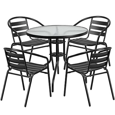 Table ronde de 31,5 po en verre et en métal, 4 chaises empilables noires en aluminium, dossier à lattes (TLH-072RD-017CBK4-GG)