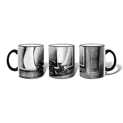 Retrospect Group PARIS,1973 Ceramic 11 Ounce Mug (MUG033)