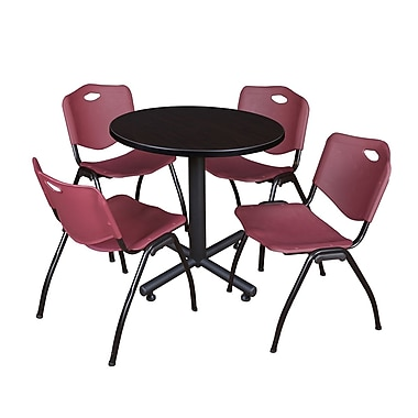 Regency – Table de salle de pause ronde Kobe de 30 po, noyer moka, 4 chaises empilables M, bourgogne (TKB30RNDMW47BY)