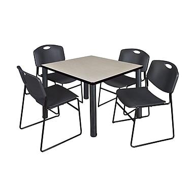 Regency – Table de salle de pause carrée Kee de 36 po, érable/noir, avec 4 chaises empilables Zeng, noir (TB3636PLPBK44BK)